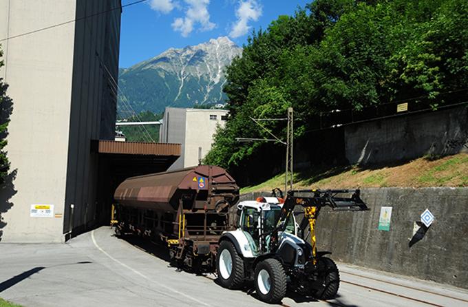 Getreideanlieferung / Waggonverschub