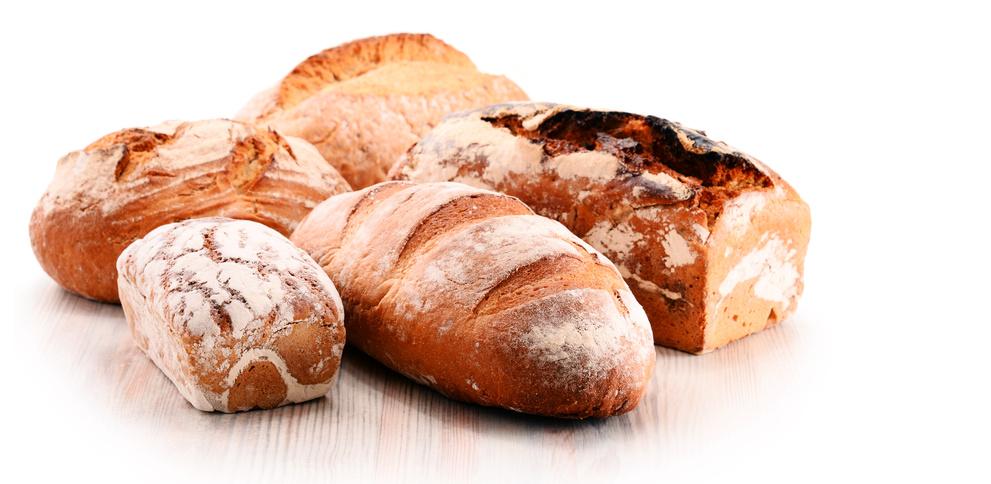 Verschiedene Brote vom Handwerksbäcker mit Rauchmehl / Rauchmühle